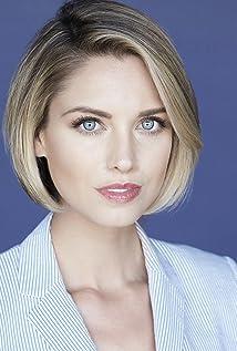 Aktori Christine Donlon