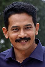 Atul Kulkarni's primary photo