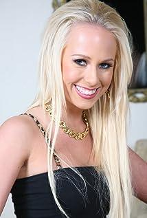 Carla Cox Picture