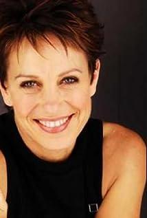 Jennifer Byrne Picture