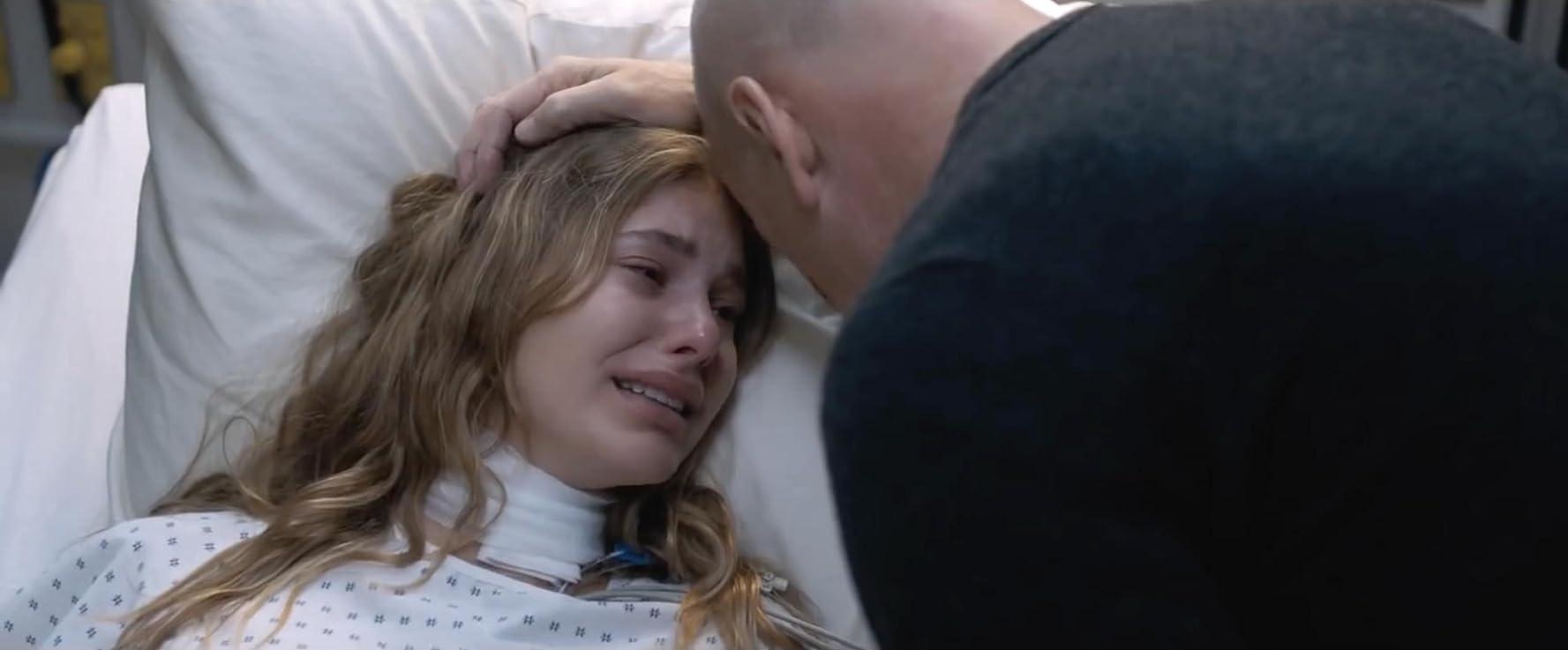 Bruce Willis and Camila Morrone in Death Wish (2018)