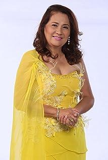 Tessie Tomas Picture