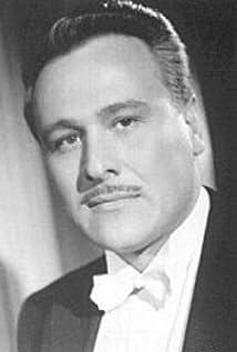 Víctor Junco Picture