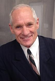 Aktori Matt Riedy