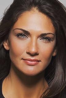 Lorena Bernal Picture
