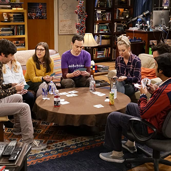 Mayim Bialik, Kaley Cuoco, Johnny Galecki, Simon Helberg, Jim Parsons, Melissa Rauch, and Kunal Nayyar in The Big Bang Theory (2007)