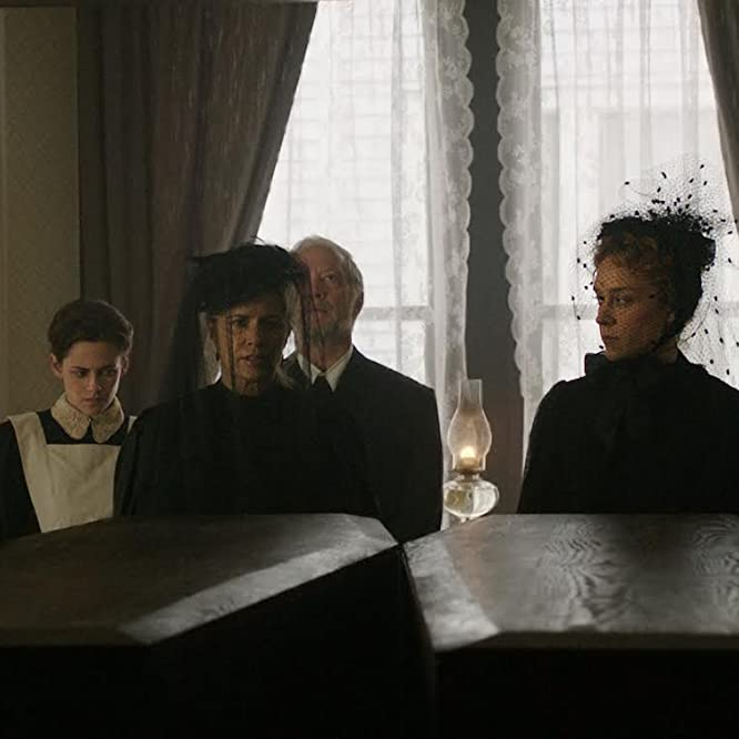 Chloë Sevigny, Kim Dickens, Denis O'Hare, Jeff Perry, and Kristen Stewart in Lizzie (2017)