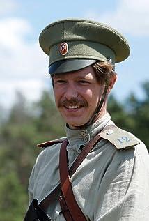 Aktori Nikita Efremov
