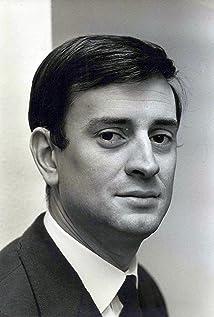 Georges Descrières Picture