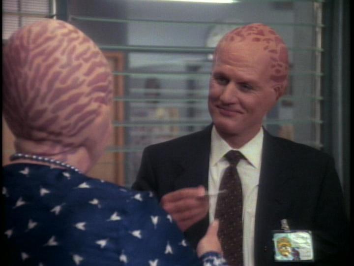 Alien Nation: The First Cigar | Season 1 | Episode 5