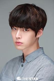 Jae-Hyun Ahn Picture
