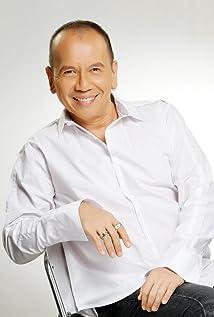 Jose Javier Reyes Picture