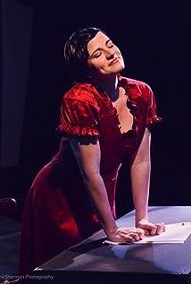 Aktori Lynn Adrianna