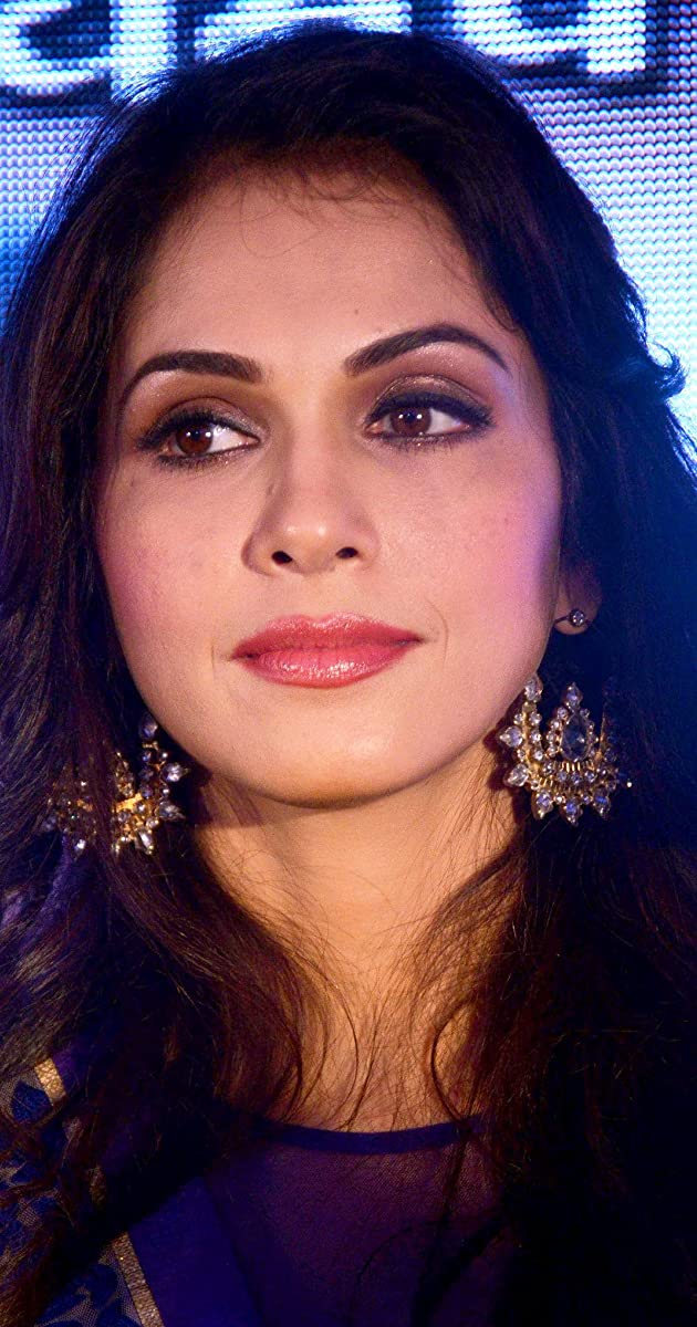 Isha koppikar galleries 79