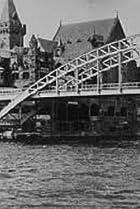 Image of Le vieux Paris: Vue prise en bateau