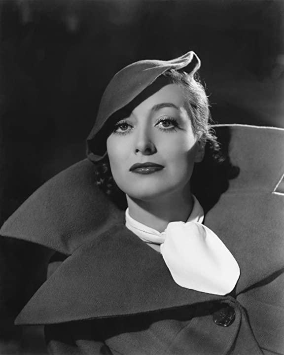 Joan Crawford in Chained (1934)