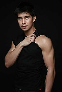Rodjun Cruz Picture