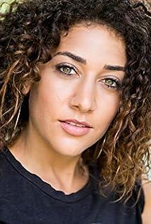 Aktori Marielle Scott