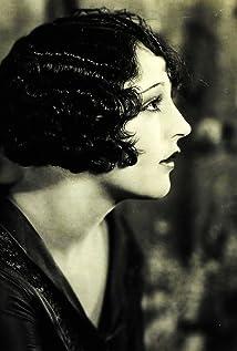 Alma Bennett Picture