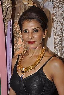 Anita Raj Picture