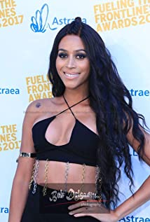 Isis King Picture