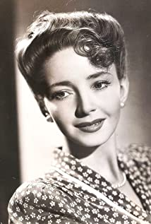 Dulcie Gray Picture