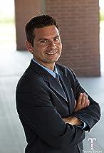 Robert P. Thitoff's primary photo