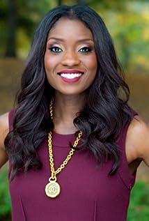 Lola Ogunnaike Picture