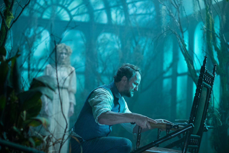 Jason Clarke in Winchester (2018)