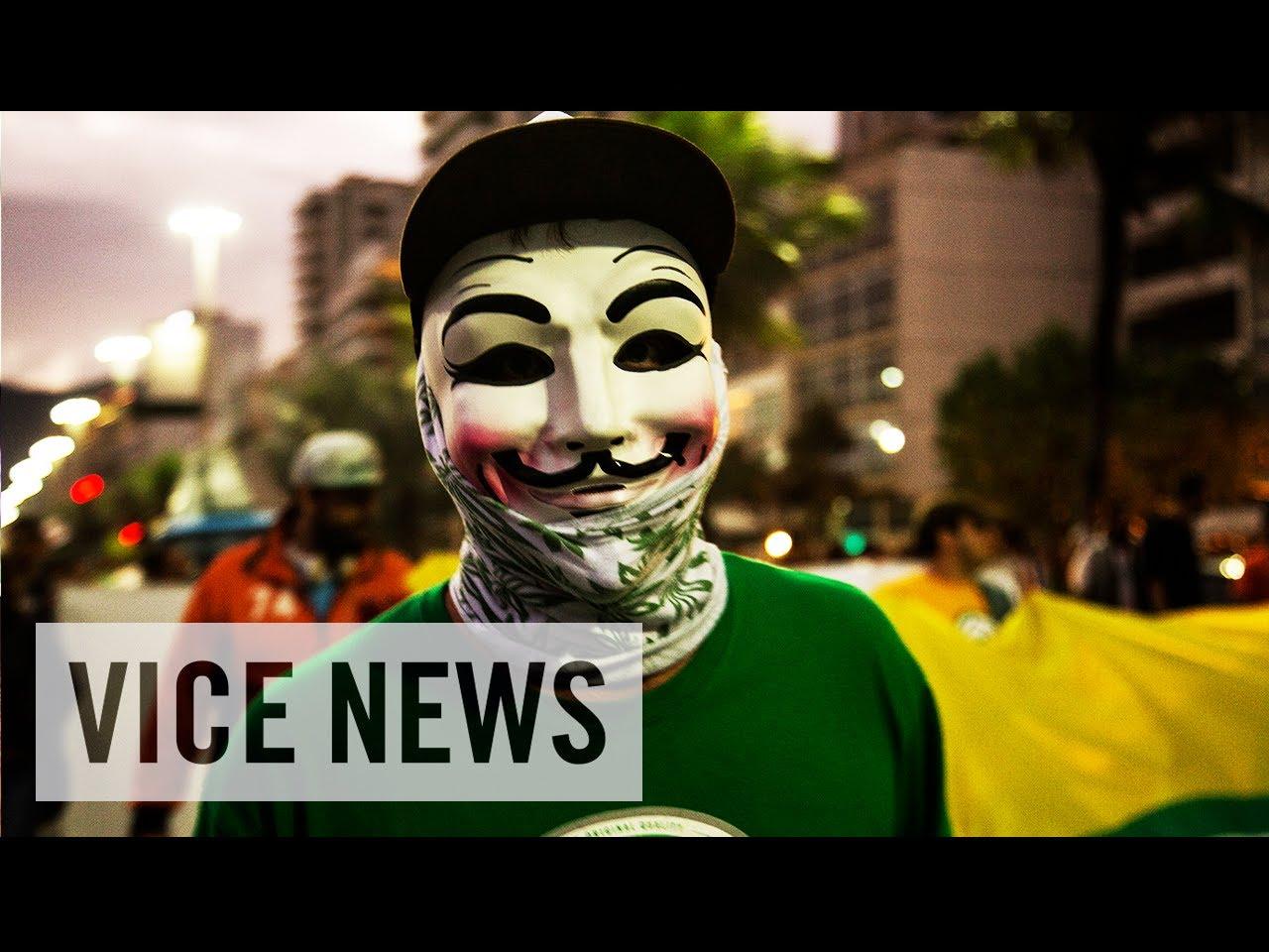 Two Vice News journalists freed in Turkey back in UK - Al Jazeera ...
