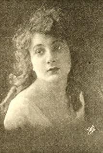 Evelyn Greeley Picture