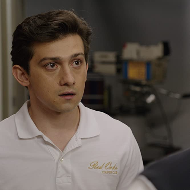 Craig Roberts in Red Oaks (2014)