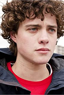 Douglas Smith Picture