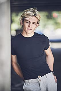 Ross Lynch Picture