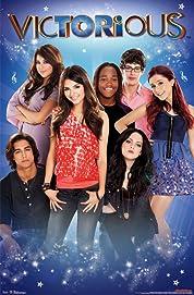 Victorious - Season 2 poster