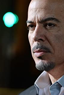 Aktori Roberto 'Sanz' Sanchez