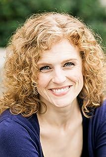 Aktori Lauren E. Roman