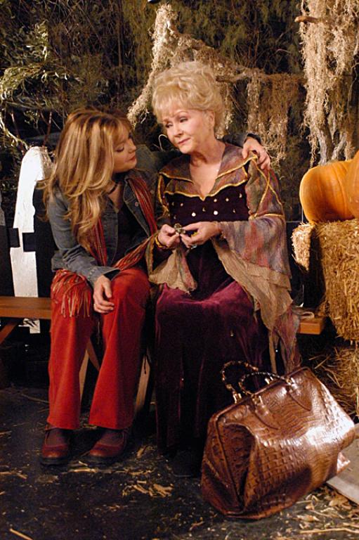 Halloweentown High (2004)