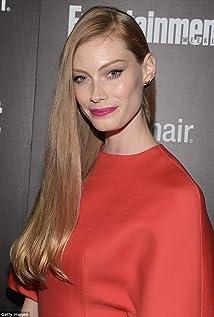 Alyssa Sutherland New Picture - Celebrity Forum, News, Rumors, Gossip