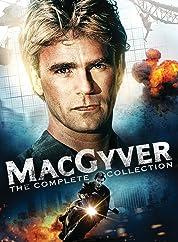 MacGyver - Season 1 (1985) poster