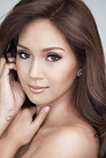 Roxanne Barcelo Picture
