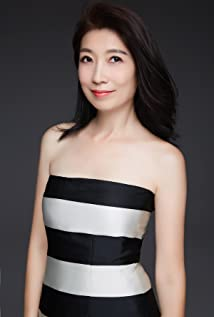 Phoebe Huang Picture