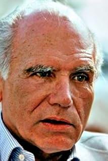 Luigi Comencini Picture