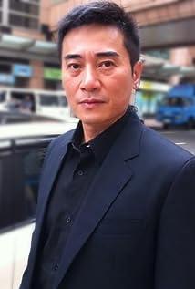 Aktori Jimmy Au