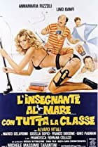 Image of L'insegnante al mare con tutta la classe