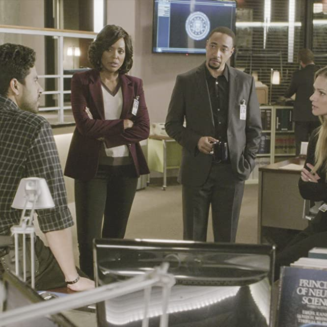 A.J. Cook, Damon Gupton, Adam Rodriguez, and Aisha Tyler in Criminal Minds (2005)