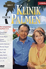 Klinik unter Palmen Poster
