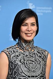 Aktori Angel Aquino