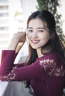 Aktori Tae-ri Kim