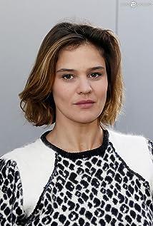 Marie Denarnaud Picture